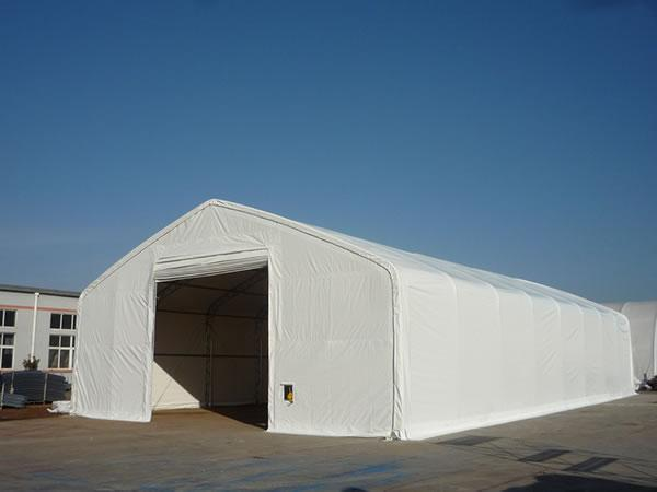 Fire resistant tent